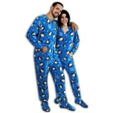 Blue Penguins Print Polar Fleece Drop Seat Footed Pajamas for Teens and Adults/Full body zipper runs from the neck to just below the waist/These footie pajamas are made for men and women/penguins on a blue background with white snowflakes/Butt-flap keeps you warm when nature calls/Customer Reviews are 3.3 out of 5 stars.